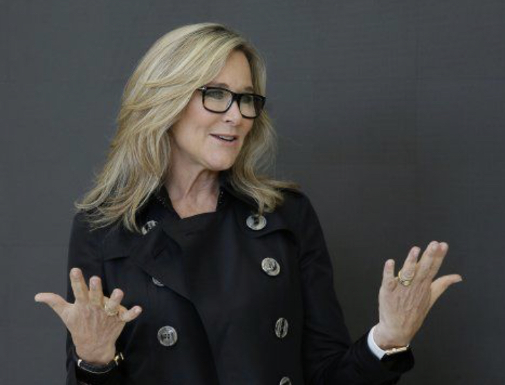 Live2Lead: Angela Ahrendts, Brand, Image and the Human Connection